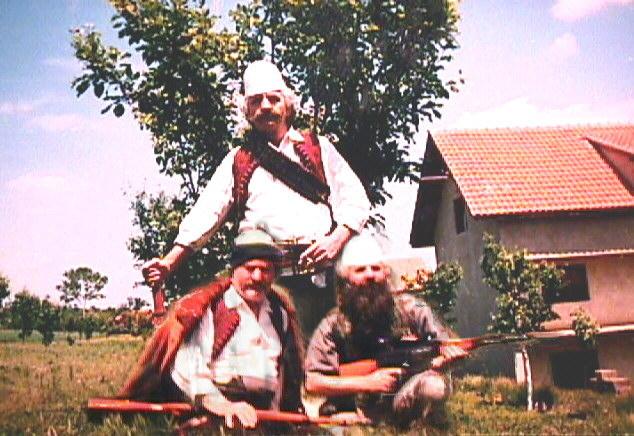 Masakrat serbe në Kosovë Ditaflamajasharajt